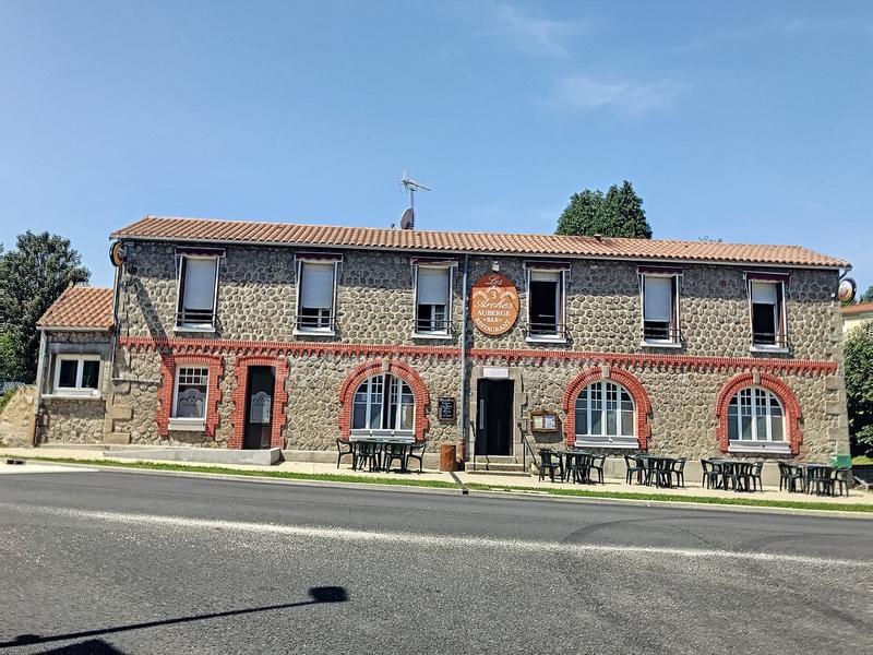Maison en pierre de 250  m2 - Limoges (87000)