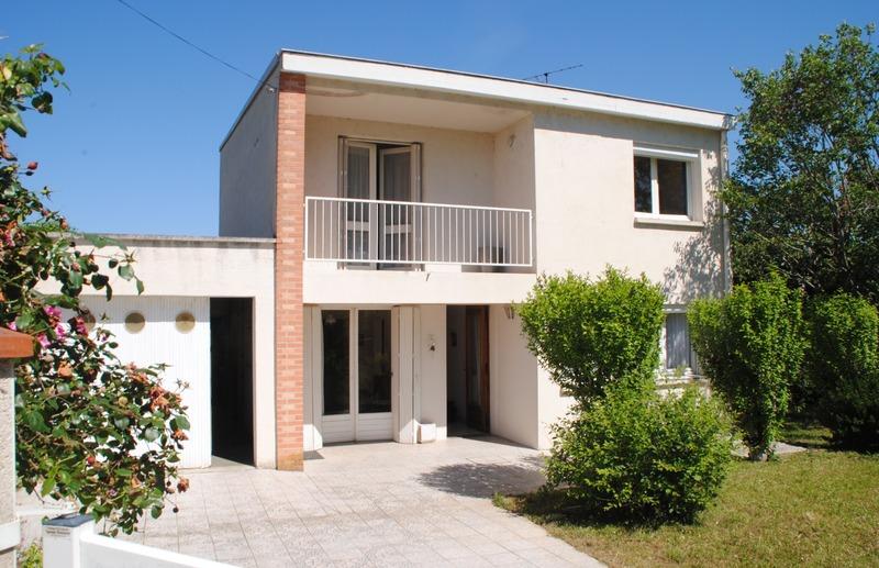 Maison de 111  m2 - Saint-Juéry (81160)