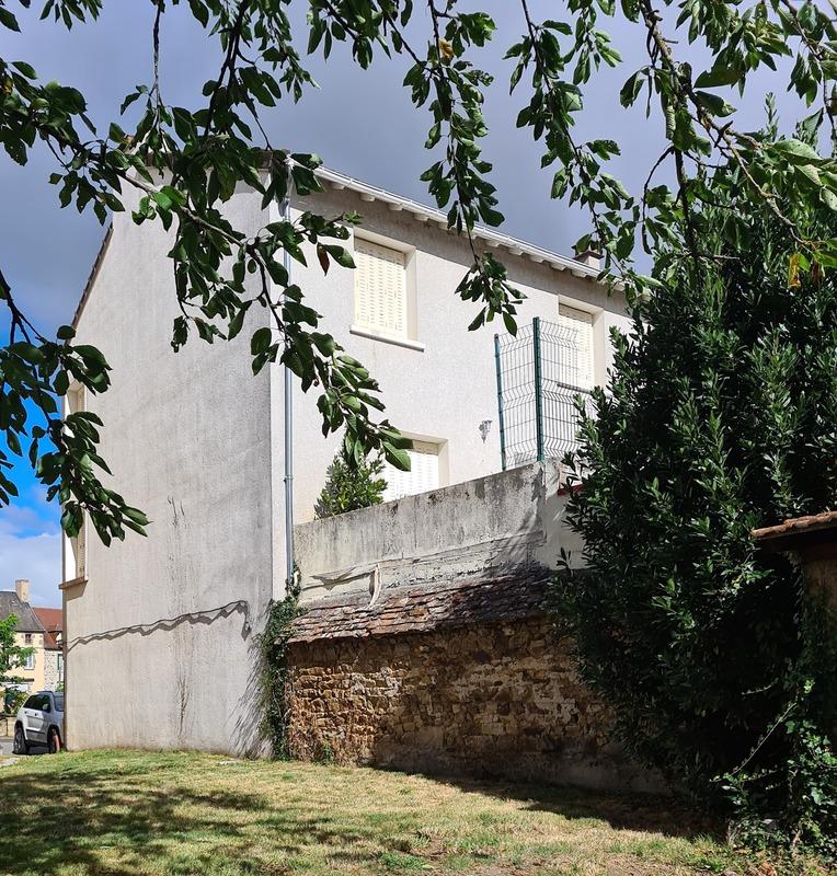 Maison de 110  m2 - Évaux-les-Bains (23110)