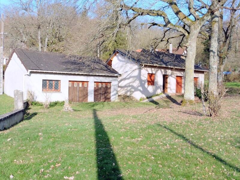 Maison de 100  m2 - Cerisiers (89320)