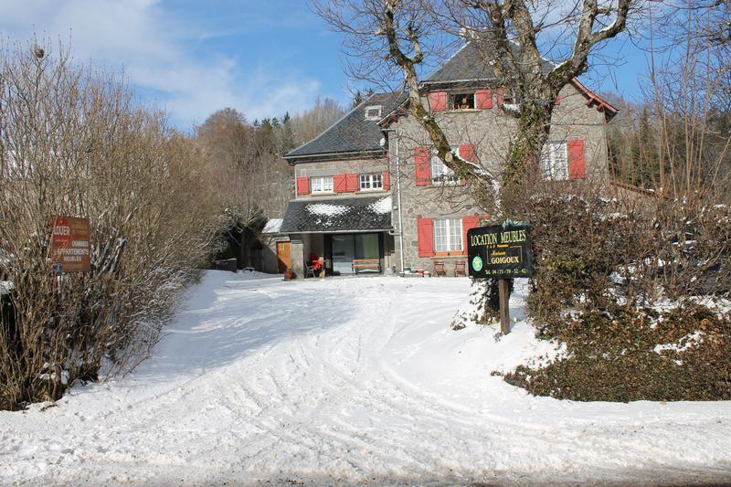 Immeuble de rapport de   m2 - Besse-et-Saint-Anastaise (63610)