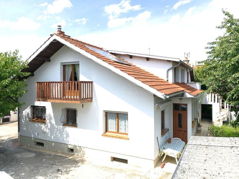 Villa d'architecte de 200  m2 - Dijon (21000)