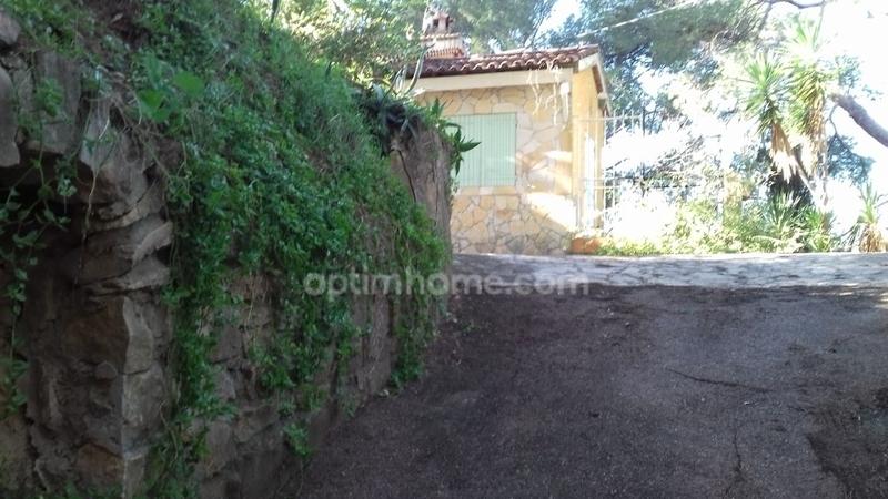 Maison à rénover de 140  m2 - La Ciotat (13600)