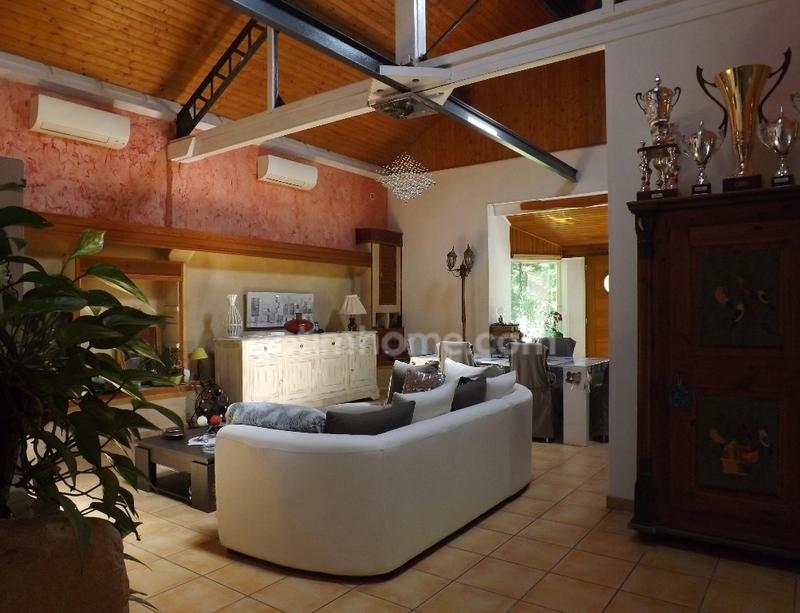 Maison de 125  m2 - Saint-Seurin-sur-l'Isle (33660)
