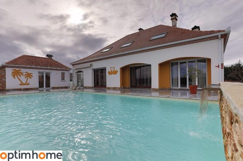 Villa de 183  m2 - Lacq (64170)