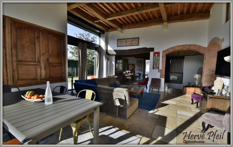 Maison de 276  m2 - Moirans (38430)