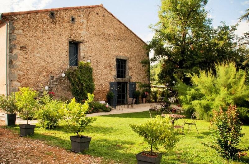 Domaine de 650  m2 - Castres (81100)