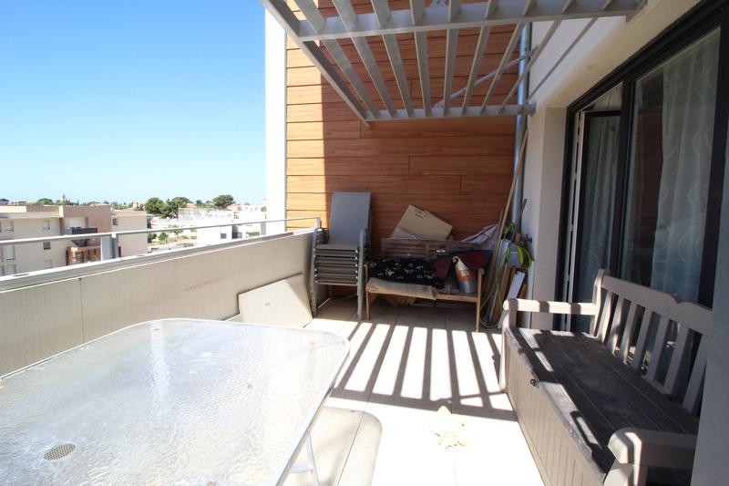 Appartement en résidence de 85  m2 - Marseille (13014)