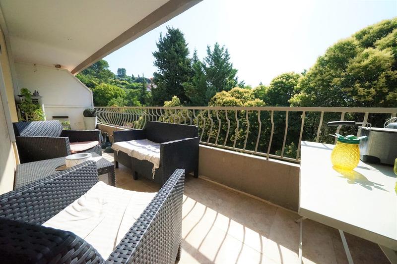 Appartement en résidence de 78  m2 - Draguignan (83300)