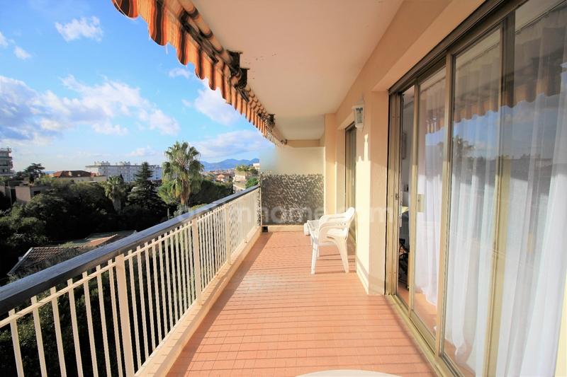 Appartement de 32  m2 - Cannes (06400)
