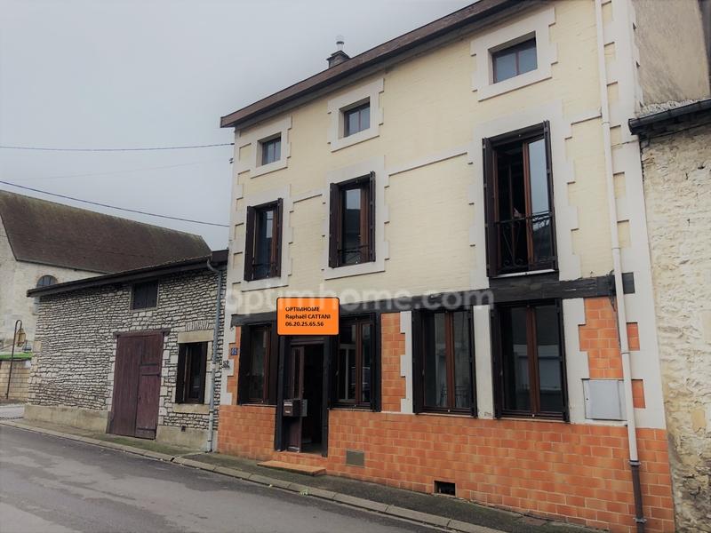 Maison à rénover de 100  m2 - Froncles (52320)