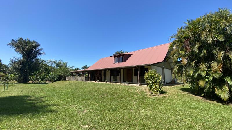 Maison de 220  m2 - Matoury (97351)