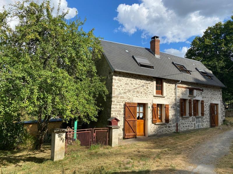 Maison de village de 98  m2 - Bussière-Dunoise (23320)