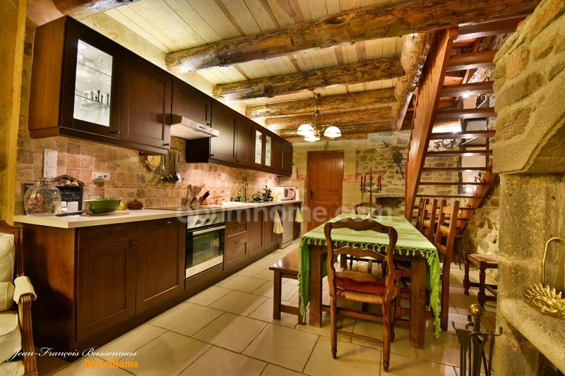 Maison de 145  m2 - Blesle (43450)