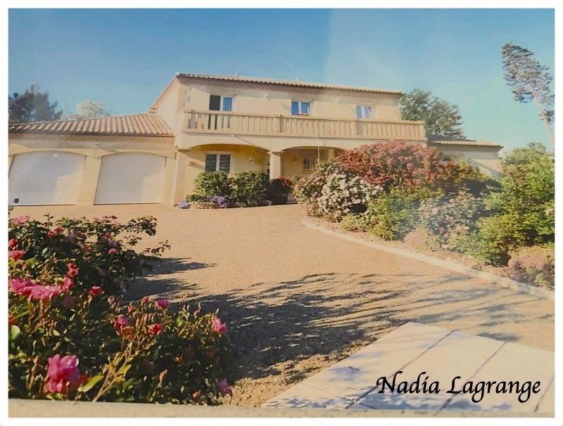 Maison de 207  m2 - Marsac-sur-l'Isle (24430)