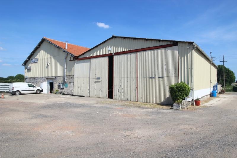 Grange de 560  m2 - Meaux (77100)