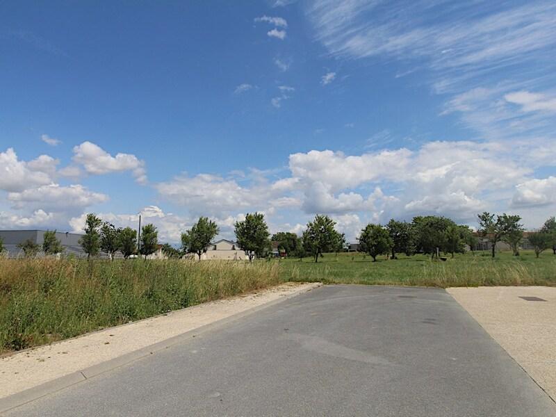 Terrain constructible de   m2 - Amagne (08300)