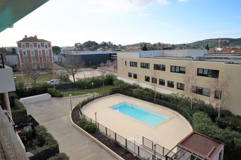Appartement en résidence de 65  m2 - Draguignan (83300)