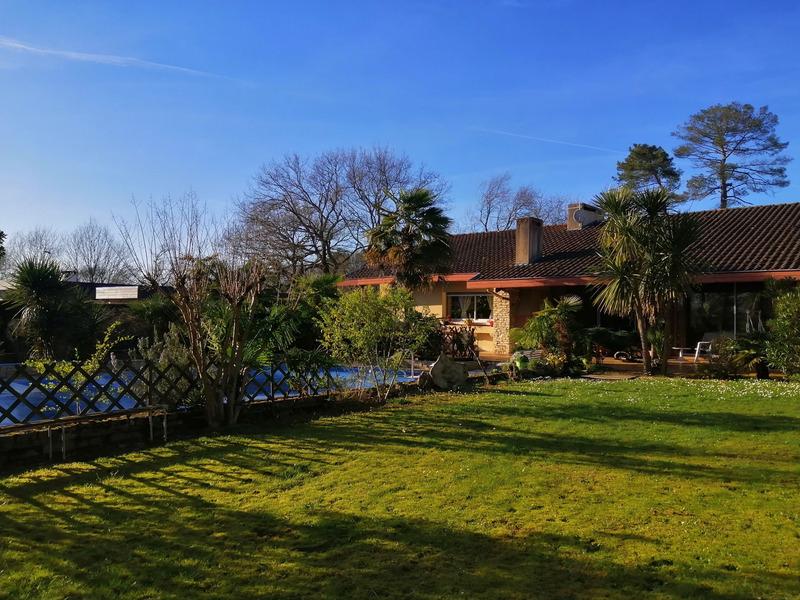 Villa d'architecte de 297  m2 - Peyrehorade (40300)