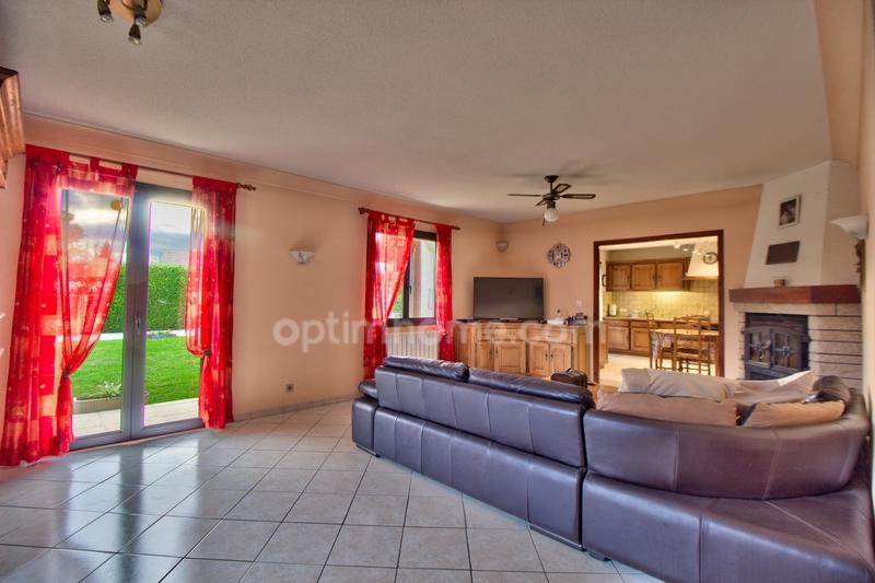 Maison de 145  m2 - Dole (39100)