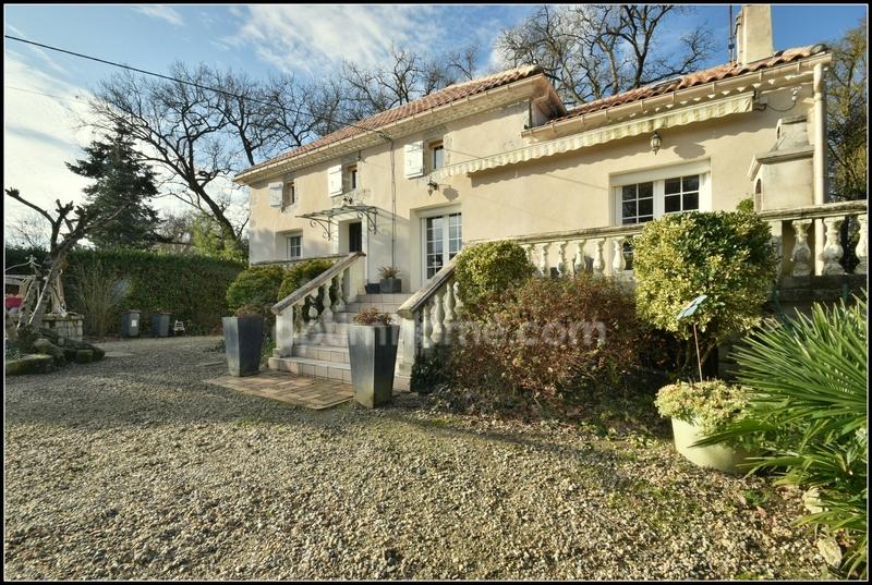 Maison de 146  m2 - Nérac (47600)