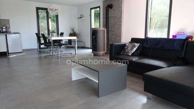 Maison individuelle de 133  m2 - Brionne (27800)