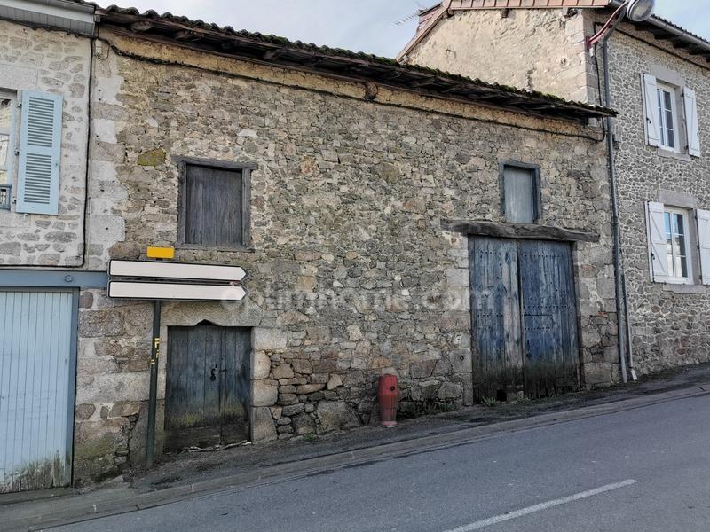 Grange de 60  m2 - Cieux (87520)
