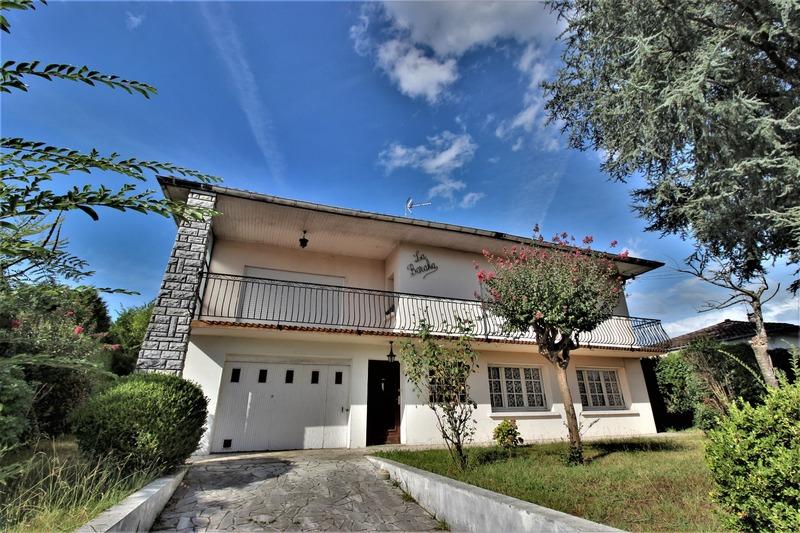 Maison de 200  m2 - Saint-Paul-lès-Dax (40990)