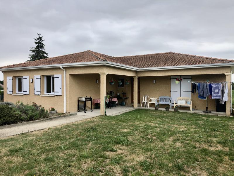 Maison de 130  m2 - Espinasse-Vozelle (03110)