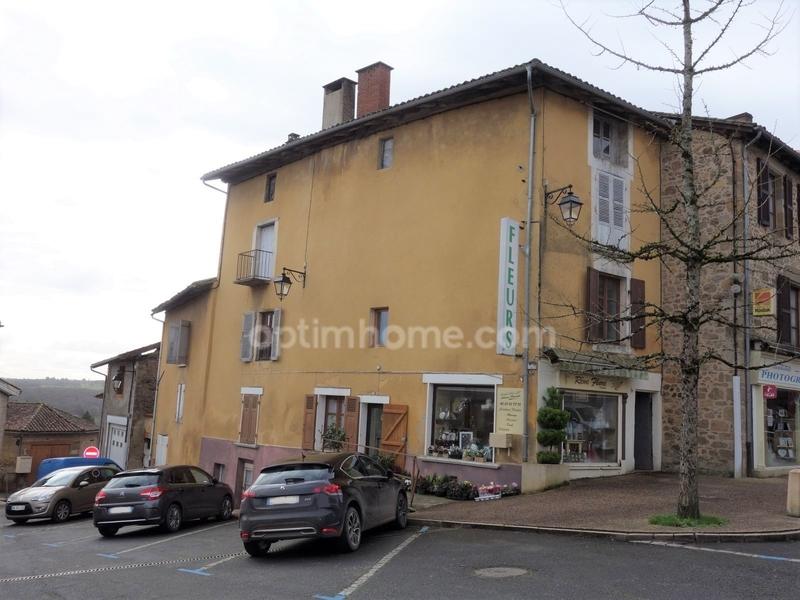 Immeuble de   m2 - Rochechouart (87600)