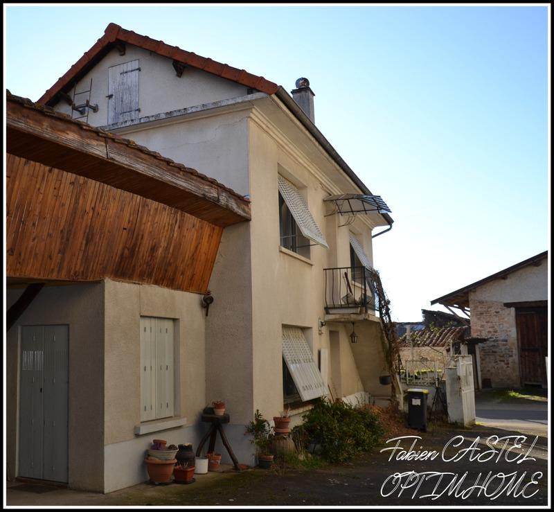 Maison de 195  m2 - Lempty (63190)