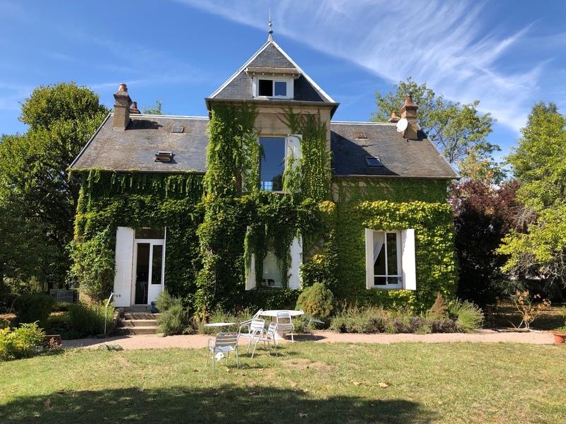 Maison bourgeoise de 180  m2 - Avallon (89200)