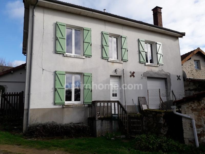 Maison de 128  m2 - Saint-Julien-le-Petit (87460)