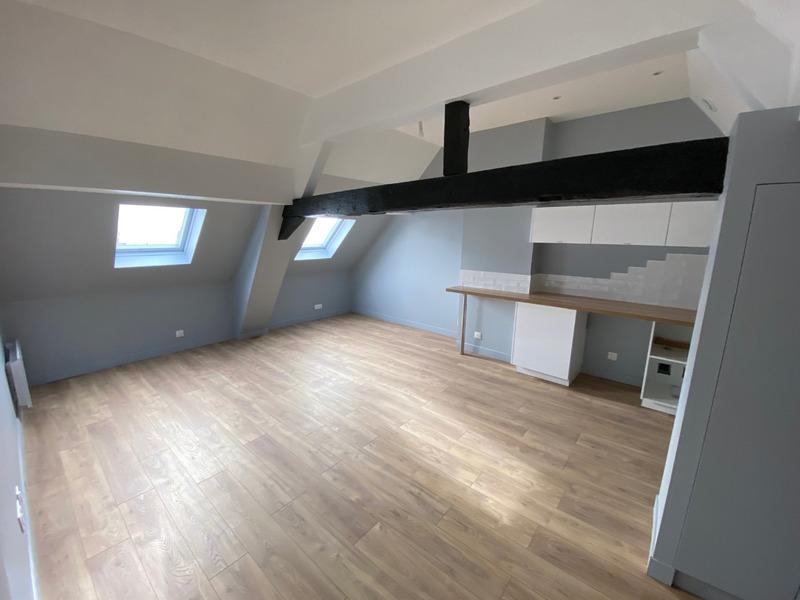 Appartement rénové de 70  m2 - Arras (62000)