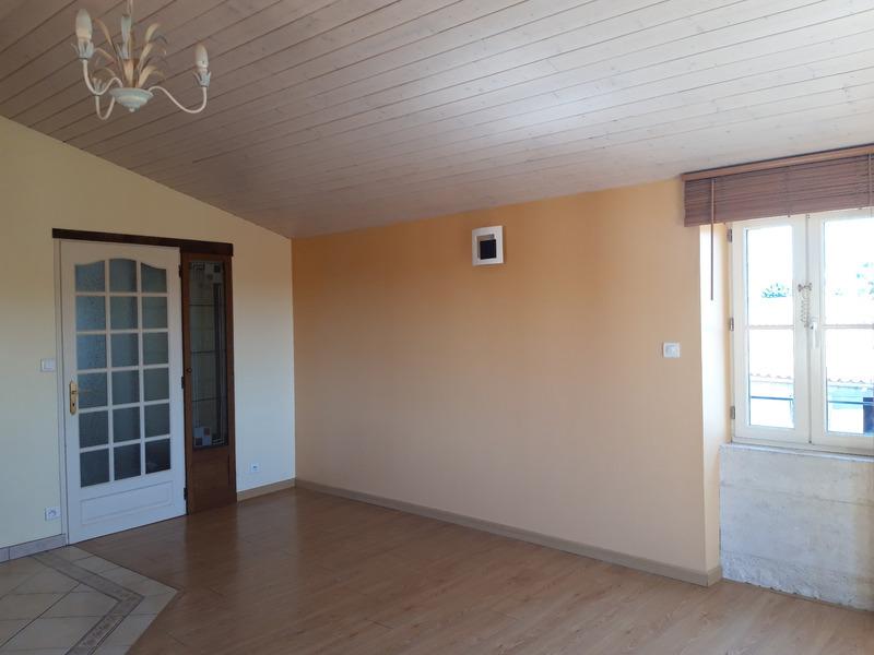 Appartement rénové de 50  m2 - Luçon (85400)