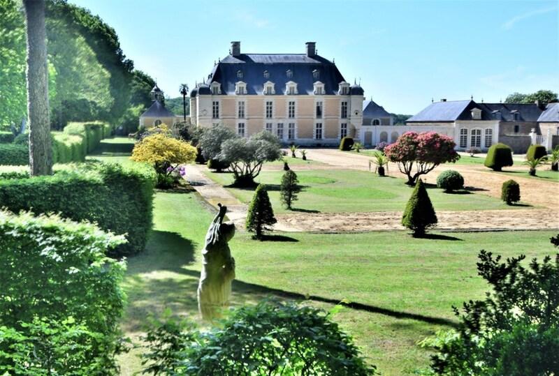 Château de 2000  m2 - Rennes (35000)