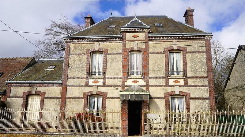 Maison de 140  m2 - Tremblay-les-Villages (28170)