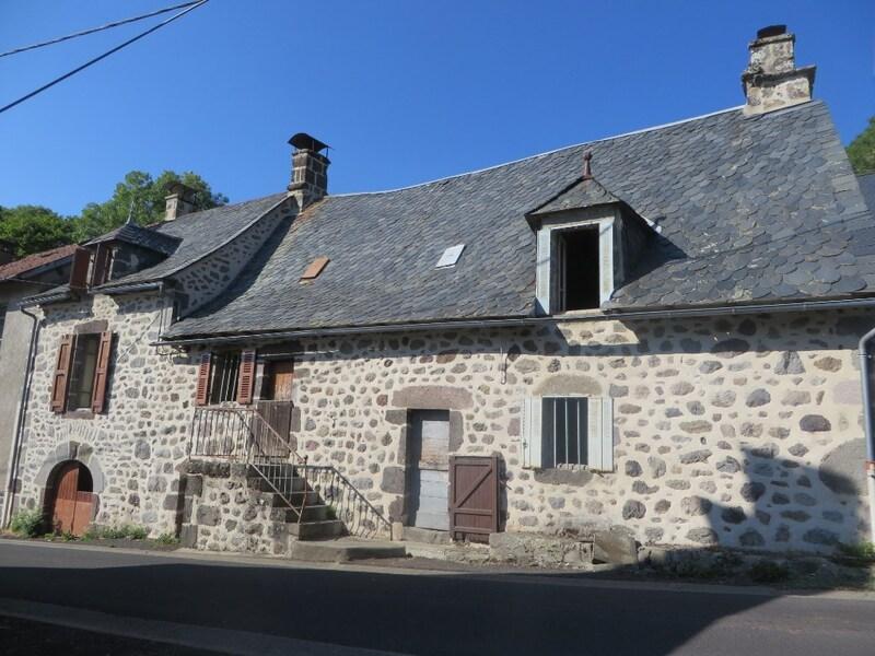 Maison de 112  m2 - Saint-Projet-de-Salers (15140)
