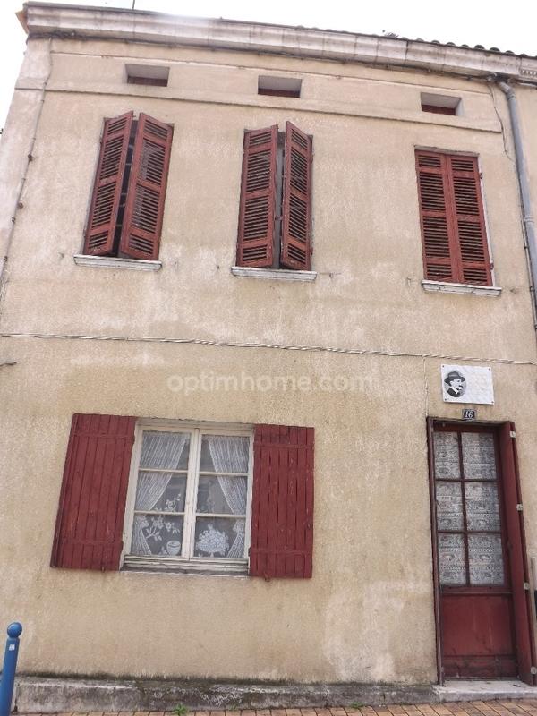 Maison de ville de 85  m2 - La Roche-Chalais (24490)