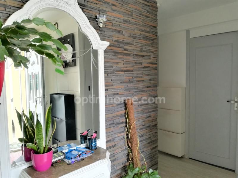 Maison de 93  m2 - Floirac (33270)