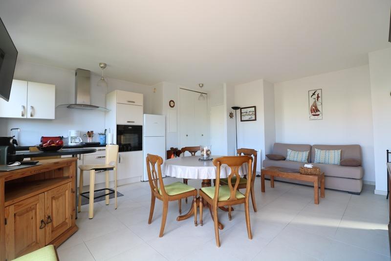 Appartement rénové de 41  m2 - Cavalaire-sur-Mer (83240)