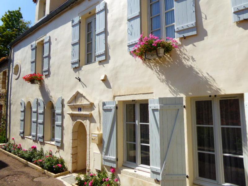 Maison rénovée de 165  m2 - Montbard (21500)