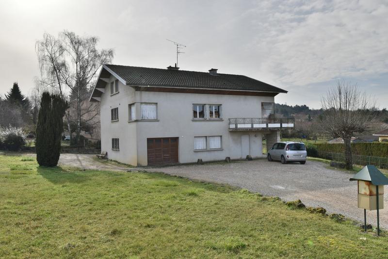 Maison de 300  m2 - Ceyzériat (01250)