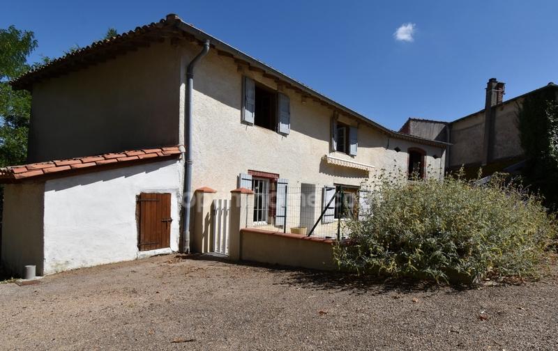 Maison de village de 87  m2 - Fiac (81500)