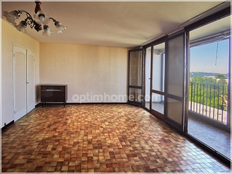 Appartement de 88  m2 - Pau (64000)