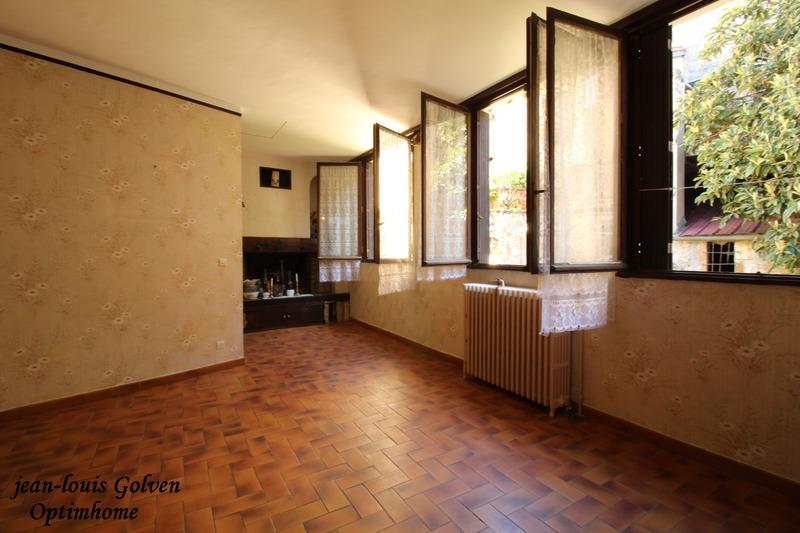 Appartement à rénover de 142  m2 - Millau (12100)