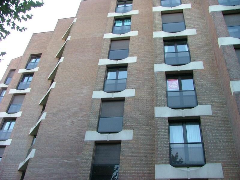 Appartement en résidence de 109  m2 - Cambrai (59400)