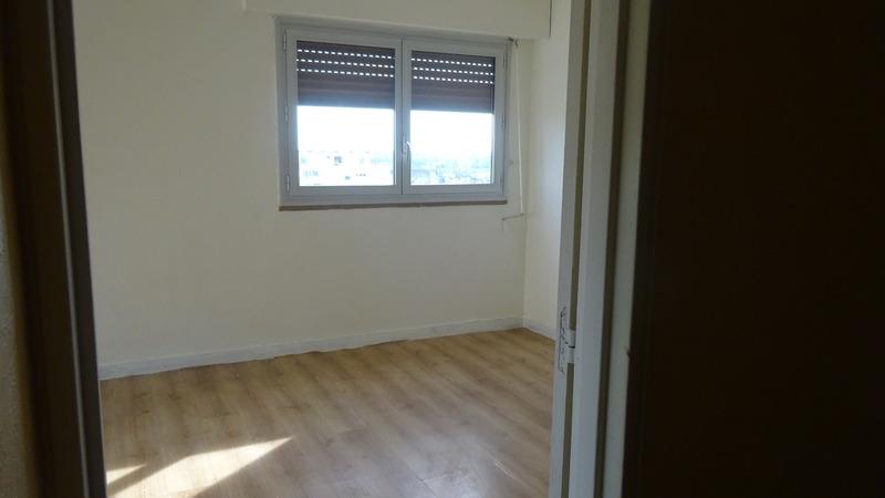 Appartement en résidence de 88  m2 - Poitiers (86000)