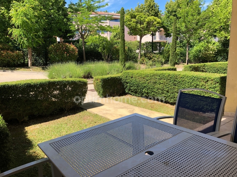 Appartement de 35  m2 - Gréoux-les-Bains (04800)