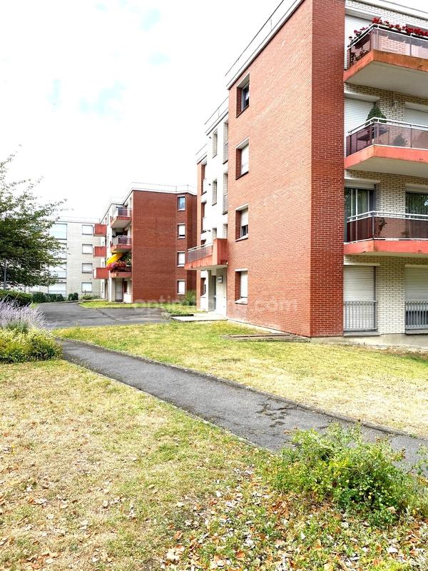 Studio de 35  m2 - Valenciennes (59300)